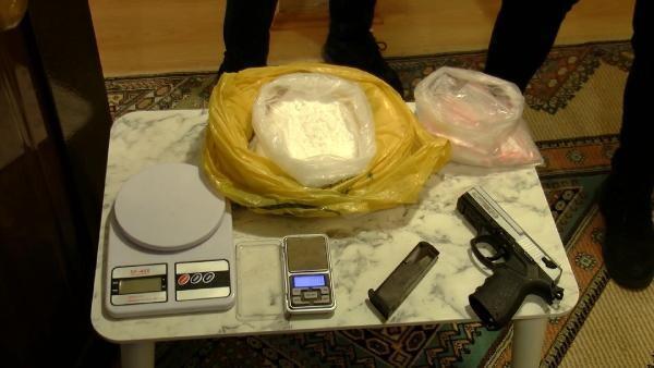 İstanbul'da uyuşturucu operasyonu! 1 kilo kokain ele geçirildi