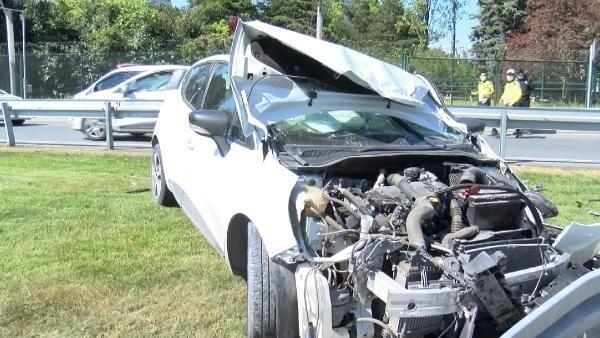 Bağcılar'da feci kaza saniye saniye görüntülendi, 2 kişi yaralandı!'Araçtan sürünerek çıktılar'