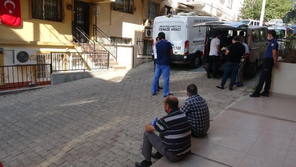 İzmir'de vahşet! Kuzenini bıçaklayıp, başını ezerek öldürdü