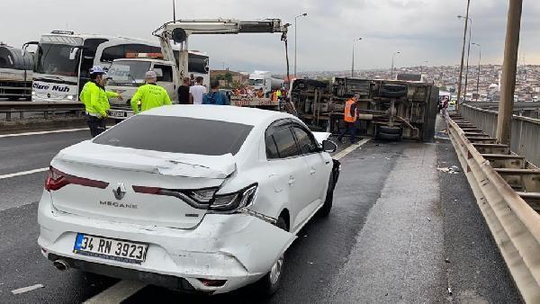 Son dakika... TEM'de 7 aracın karıştığı zincirleme kaza! 4 kişi yaralandı