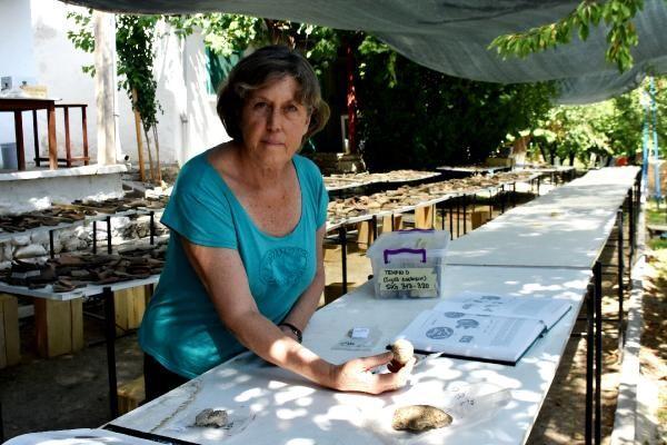 Arslantepe'de 5 bin 621 yıllık 250 mühür bulundu