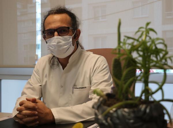Koronavirüsü yenen doktordan ibretlik sözler: 'Allah'ım alacaksan çektirmeden al canımı' diye dua ettim