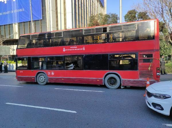 Beşiktaş'ta çift katlı İETT otobüsü kaza yaptı! 1 kişi hayatını kaybetti