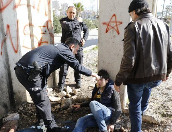 'Polis misin, hamamcı mısın; beni neden yıkıyorsun?'