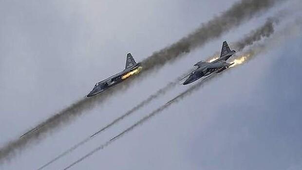 Rusya Suriye'de ateşkese saatler kala saldırılarını artırdı