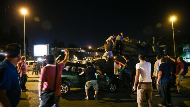 İstanbul ve Sakarya'da 2 noktada vatandaşlara ateş açıldı
