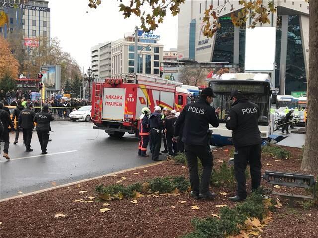 Son dakika... Ankara'da belediye otobüsü yayalara çarptı: Yaralılar var
