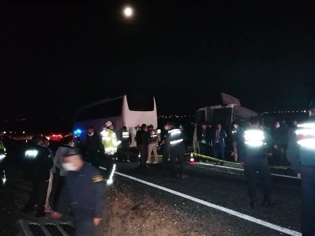 Nevşehir'de öğrencileri taşıyan otobüs kaza yaptı: 25 yaralı