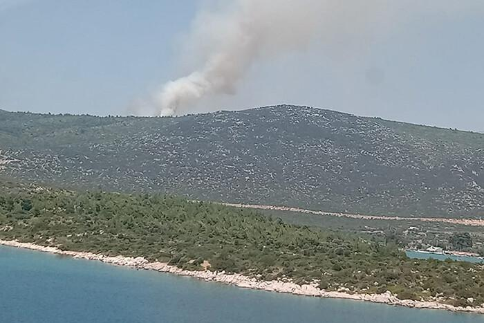 Son dakika... İzmir Karaburun'da yangın