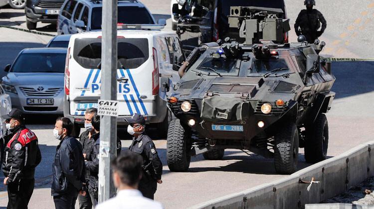 Ankara'da hareketli dakikalar... 2 çocuğunu rehin aldı