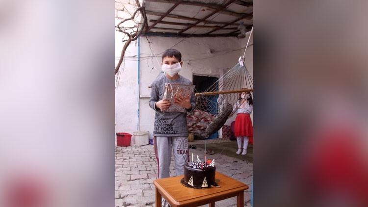 Kayseri'de 23 Nisan'da doğan 15 çocuğa doğum günü sürprizi