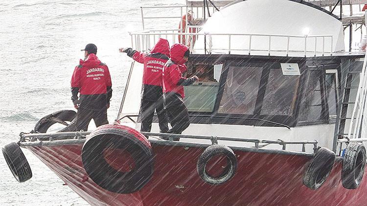 Van Gölü'nde dram: 55-60 göçmeni taşıyan tekne battı, 6 cansız bedene ulaşıldı