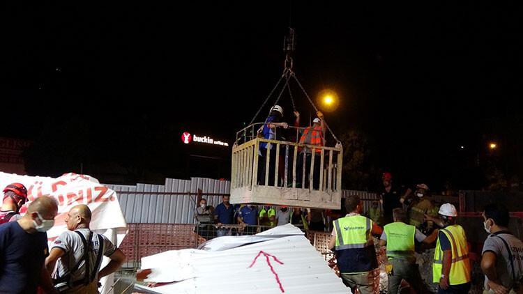 İzmir'de hareketli gece! 25 metreden düştüler, 2 saatlik çalışmayla çıkarıldılar