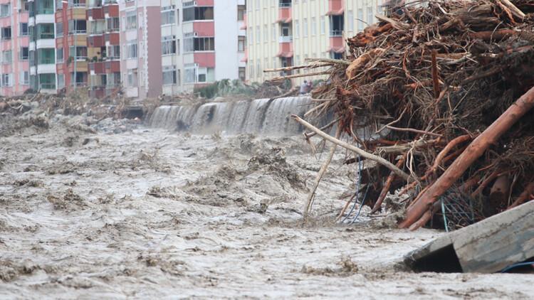 Son dakika... Sel felaketinde son durum... 'Her şey 5 dakikada oldu!' İşte Kastamonu, Bartın ve Sinop'taki yeni gelişmeler...