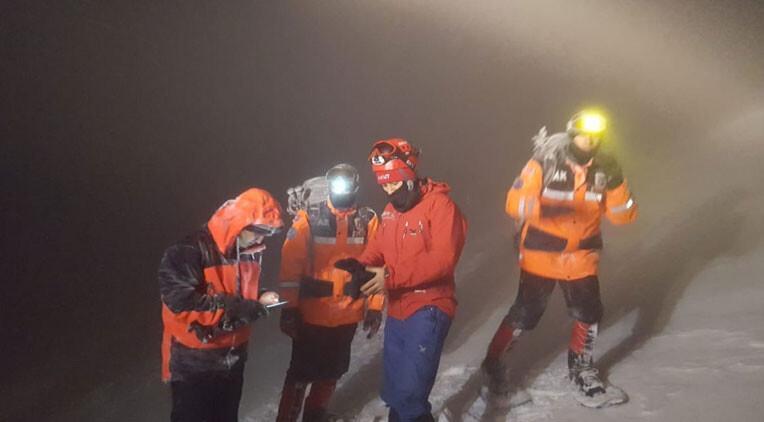 Uludağ'da kaybolan 2 dağcı 4 saatlik çalışmayla bulundu