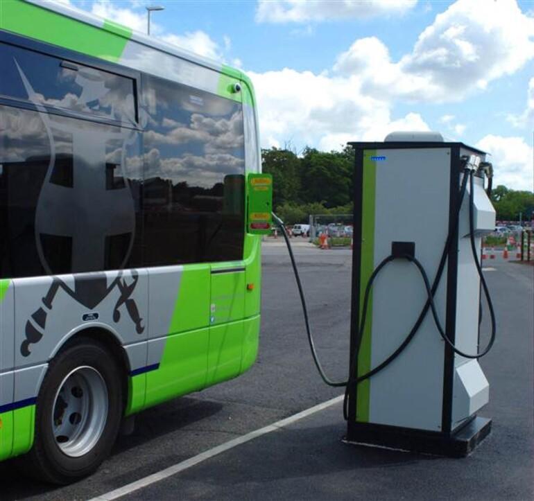 İzmir'in elektrikli otobüsleri geliyor