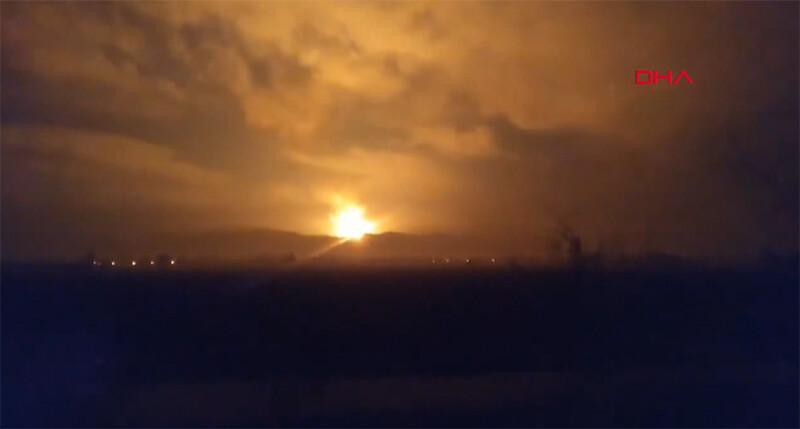 Sakarya'daki büyük patlama sonrasında boru hattı bu hale geldi