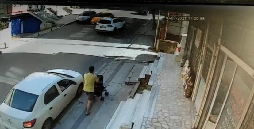 Ataşehir'de içinde sürücüsünün olmadığı otomobil takla attı