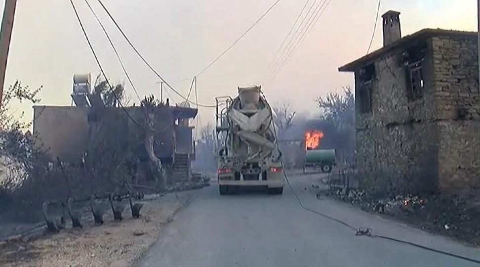 Son dakika haberi: Antalya'da orman yangını... Canlı yayında faciaya ramak kala!